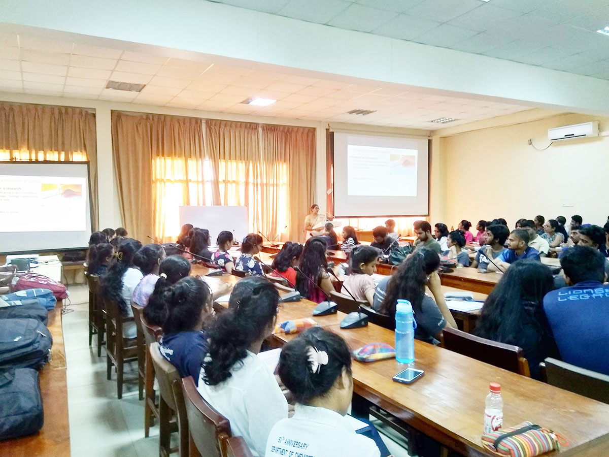 Scientific Research Workshops for 4th year students of the Faculty of Science in 2019